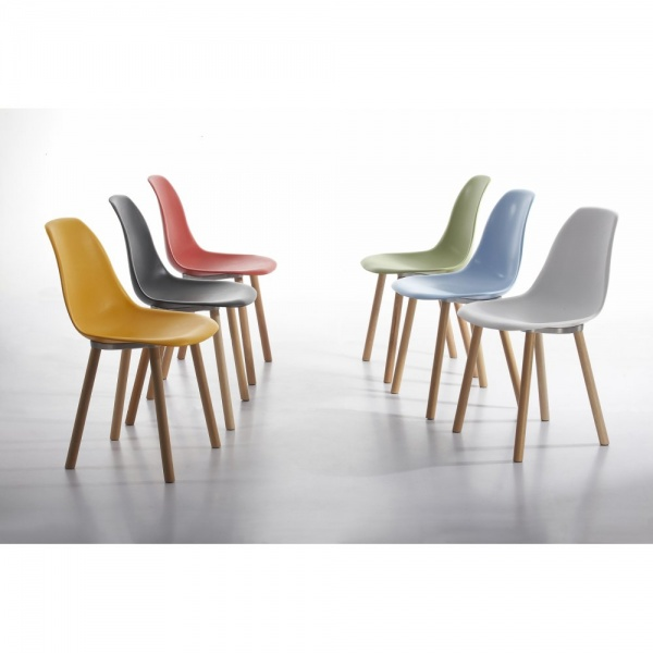 Charles eames inspired copenhagen cream dining chair cult uk for Table a manger contemporaine