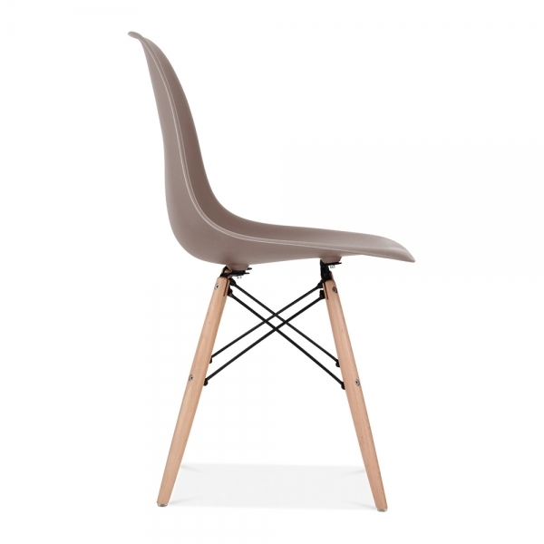 Eames style warm grey dsw chair cafe side chairs cult uk for Chaise dsw grise