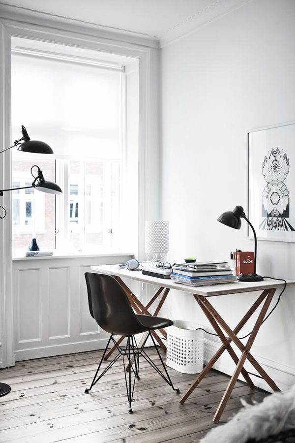 Industrial Design Favourites: Eames Eiffel chair black cultfurniture.com