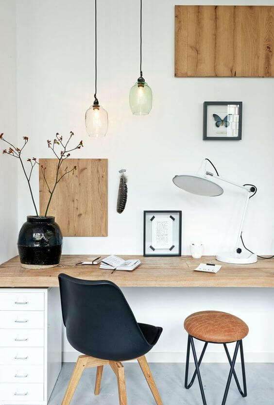 Monochrome-Scandinavian-office