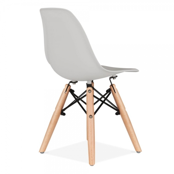 Eames inspired dsw kids light grey chair cult furniture uk for Grey childrens chair