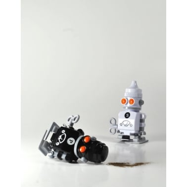 Salt & Pepper Wind-up Robots - Black