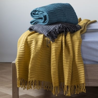 Arla Contemporary Pleated Throw, Teal